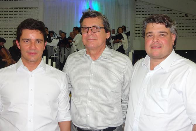 a-rogerio-da-fonte-jayme-monteiro-delmiro-gouveia