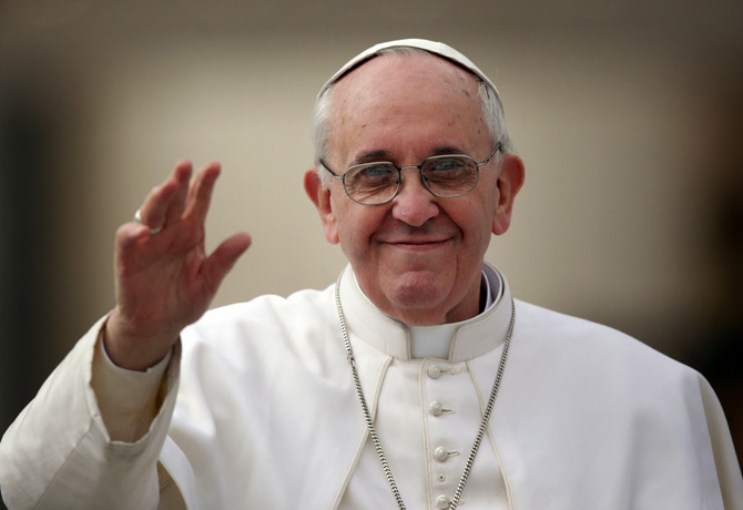 VATICAN CITY, VATICAN - MARCH 27:  Pope Francis waves to the crowd as he drives around St Peter's Square ahead of his first weekly general audience as pope on March 27, 2013 in Vatican City, Vatican. Pope Francis held his weekly general audience in St Peter's Square today  (Photo by Christopher Furlong/Getty Images)