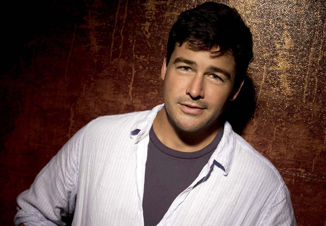 FRIDAY NIGHT LIGHTS -- Pictured: Kyle Chandler as Eric Taylor -- NBC Photo: Mitchell Haaseth
