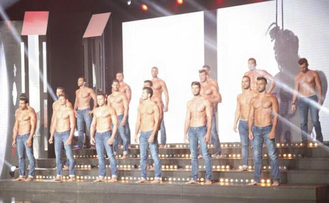 m-libano-sem-camisa