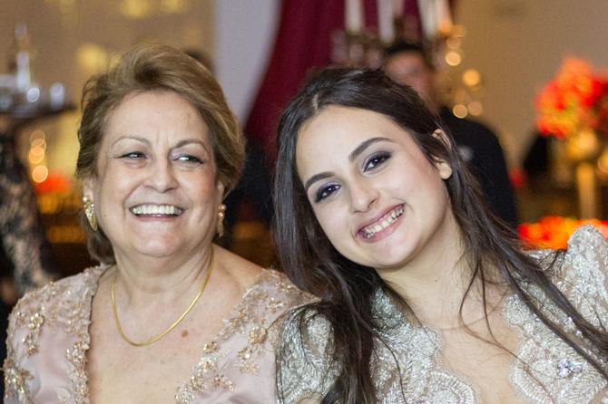 15 Anos de Manuela Leal aconteceu na casa de festas Local Apipucos, no Recife. Um show de talento da debutante que encantou mais de 300 convidados com um pocket show da consagrada peça londrina, Fantasma da Ópera.