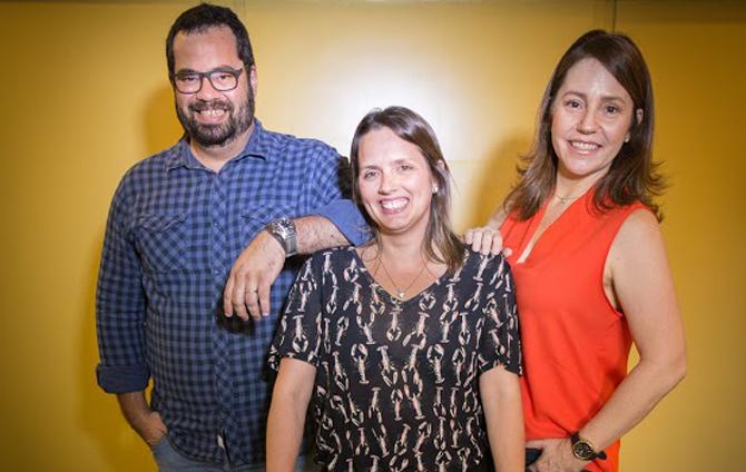 07.10.2015 - Novos sóciosa da agência Plano (B) - Aninha Maçães, Isabela Antunes e Danilo Portela. Foto: Pércio Campos/Plano(b)