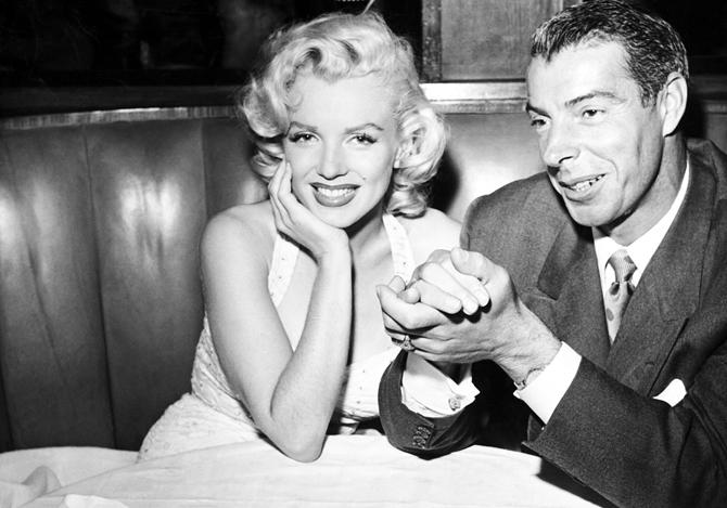 B3K05P MARILYN MONROE with 2nd husband Joe DiMaggio
