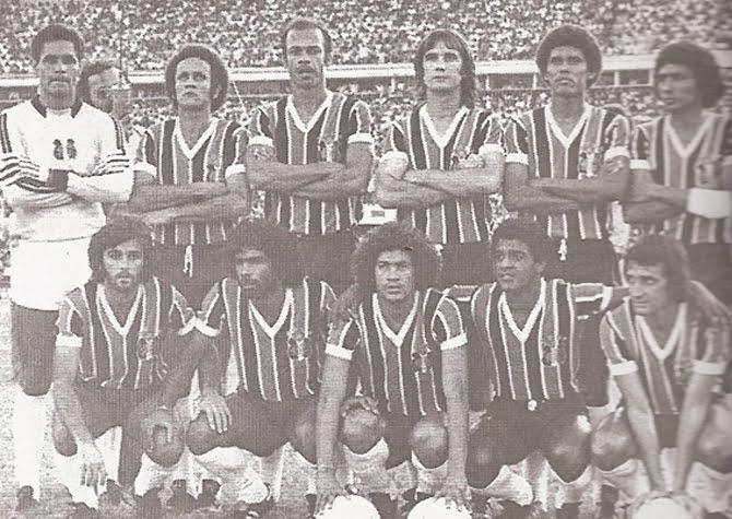 santa-cruz-1976-gilberto-carlos-alberto-barbosa-pedrinho-levi-alfredo-santos-givanildo-betinho-edson-nunes-jadir-pio