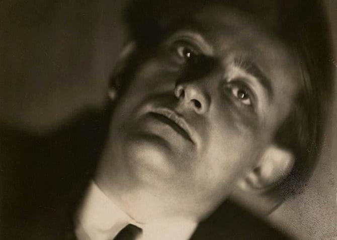 Germaine Krull, Portrait d'André Malraux. Paris, vers 1930